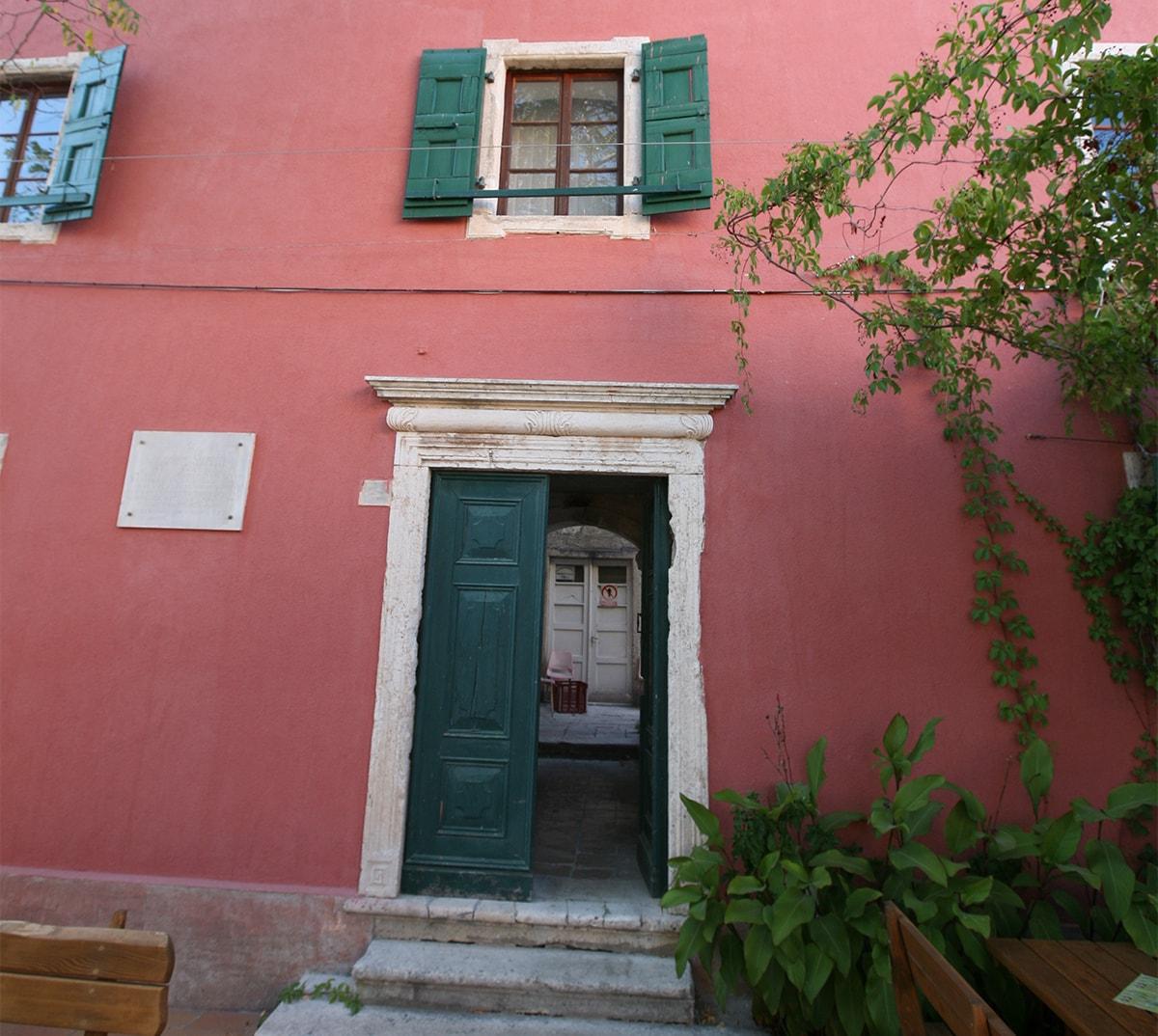 23. KućA Petricioli